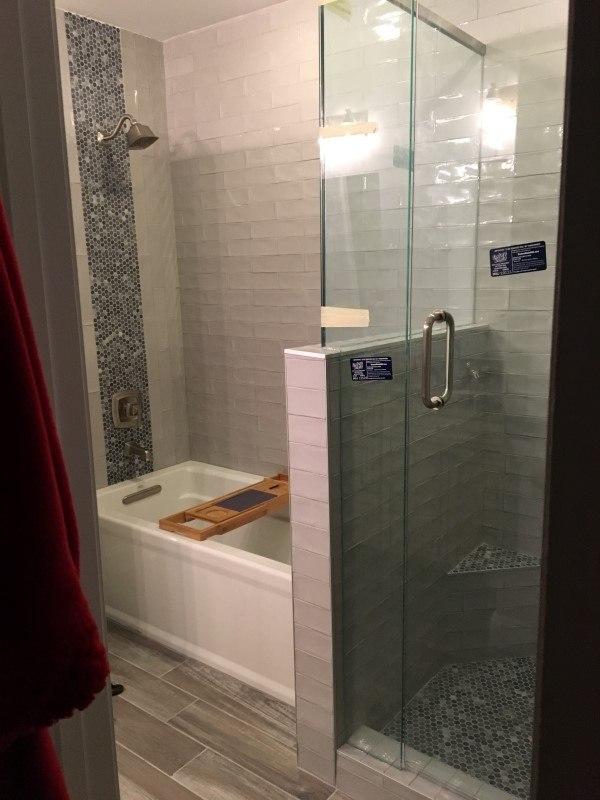 Bathroom Remodeling - Atlanta Builders & Remodeling